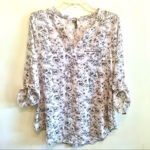 {Maurices} Blush/Gray/Black Printed Floral Blouse